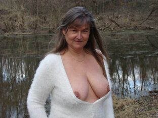mature outdoor porn