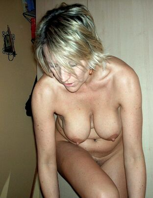 amateur pics of older naked women
