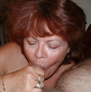 mature blowjob party